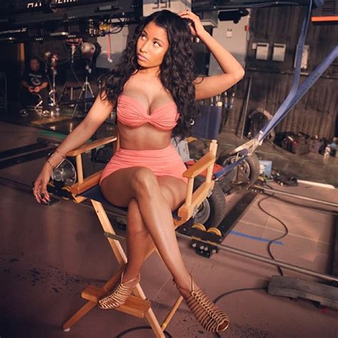 Nicki Minaj Shows Off Another Look At Her Huge Ring On | nicki minaj shows off killer curves and cleavage in sexy