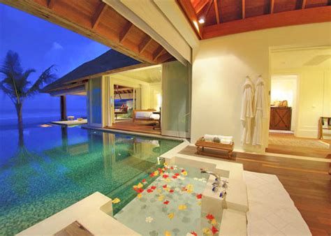 Blue And Coral Decor Top 8 Maldives Overwater Villas Continued Luxury Hotel