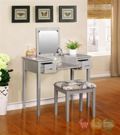 silver bedroom vanity bedroom vanity set in silver 28 images 1000 images about silver furniture i