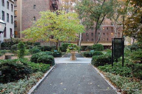 Key Food Garden City Ny 6 Secret Gardens Of Nyc Liz Gardens Gardens At