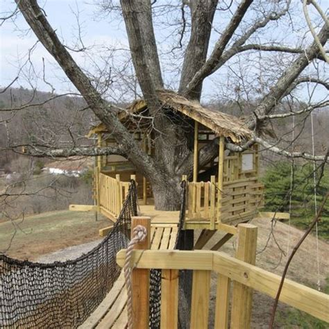 plans for tree houses 17 best images about tree house on pinterest kid tree houses a tree and building a