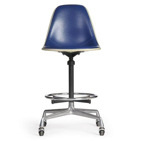 swiveling chair swiveling task chair by charles and eames for sale at