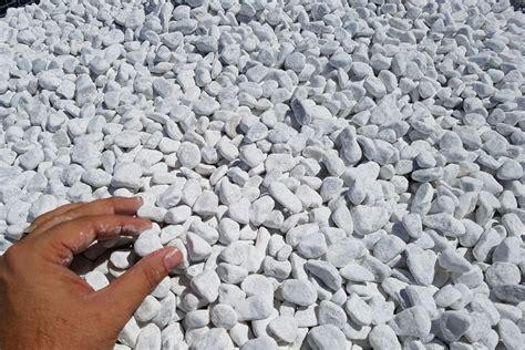 sassi bianchi da giardino ciottoli bianco carrara buste da kg 25 michele cioffi