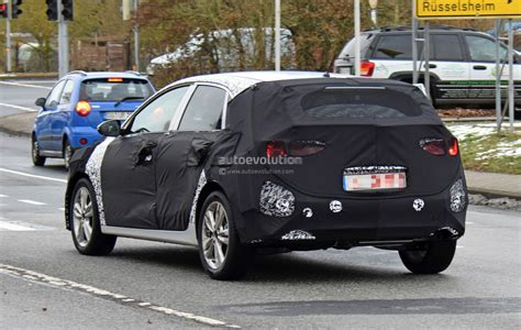 newest kia 2018 kia cee d shows evolutionary design in newest