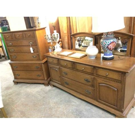 Ethan Allen Bedroom Furniture Sale Sold 5 Pc Ethan Allen Bedroom Set