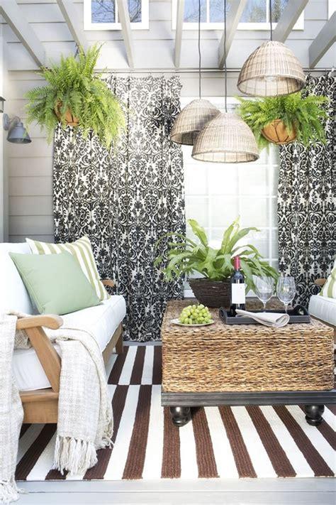 imagenes jardines y balcones patios y balcones peque 241 os muy acogedores