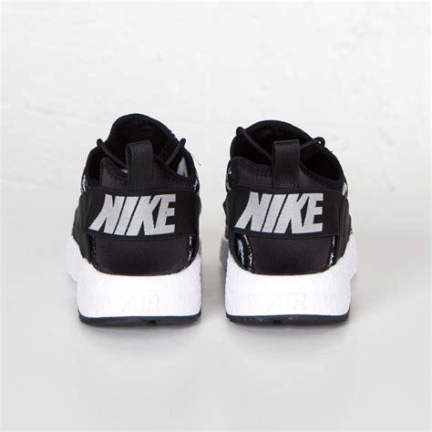 Nike Air Huarache Run Ultra Jacquard Black White nike air huarache run ultra jacquard womens mens black white sports shoes sale uk