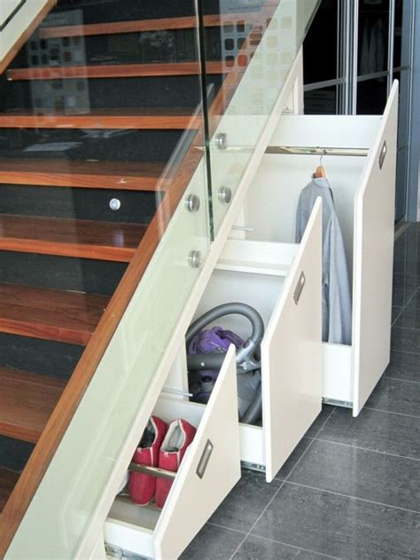 Sous Escalier by Les 25 Meilleures Id 233 Es De La Cat 233 Gorie Rangement Sous
