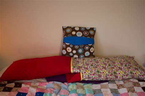 Handmade Pillowcases - 9 handmade pillowcase tutorials