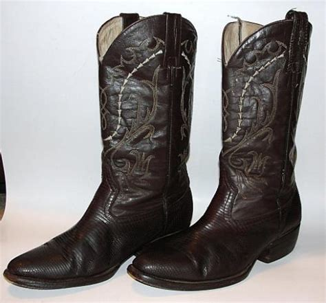 used mens cowboy boots s 9 5 d cowboy boots brown snake leather country