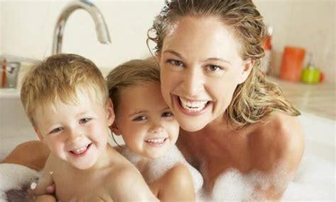 hombres duchandose juntos 191 hasta qu 233 edad es conveniente ba 241 arte con tus hijos