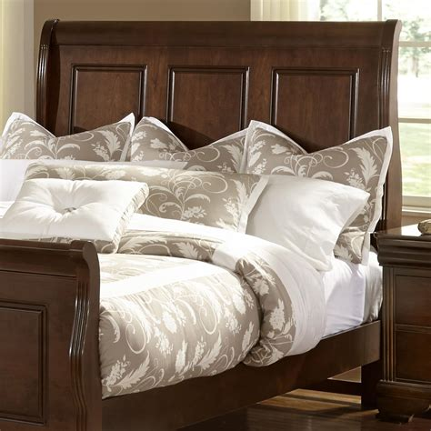Bassett Furniture Headboards by Vaughan Bassett Market Sleigh Headboard Dunk