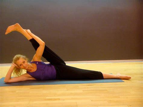 imagenes con movimiento yoga flexibilidad estiramientos ejercicio y salud corporal