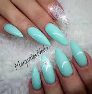 mint color nails soft and pretty with mint green nails