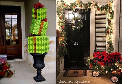38 stunning christmas front door d 233 cor ideas digsdigs 38 stunning front door d 28 images sterling doors