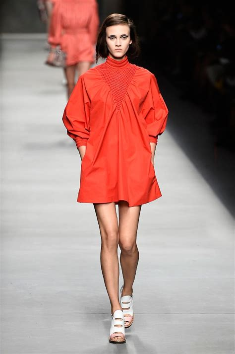 Latest Summer Styles And Fashion Trends Harpers Bazaar | fendi spring summer 2016 collection show pictures harper