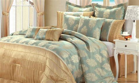 groupon comforter 20 piece comforter sets groupon goods
