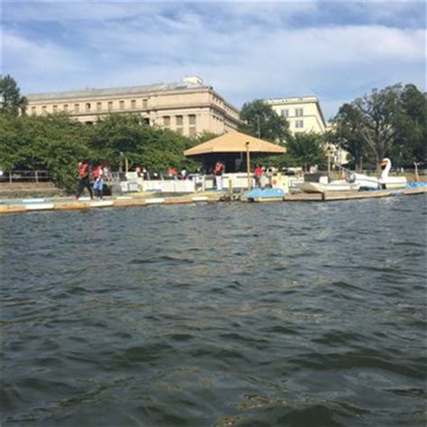 paddle boats dc tidal basin paddle boats 67 photos 60 reviews