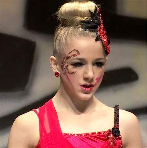 chloe lukasiak bedroom 1000 ideas about teen girl costumes on pinterest teen