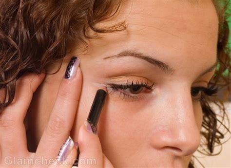 eyeliner tattoo lower lid how to wear eyeliner for beginners tutorial pics and videos