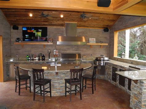 Outdoor Kitchen With Solaire Grill Evo Cooktop Kegerator Outdoor Kitchen With Kegerator