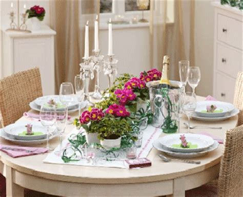 shamrock st patricks day and easter table centerpieces