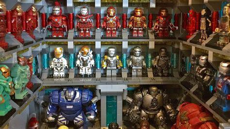 talented lego customizer recreates iron mans vast suit