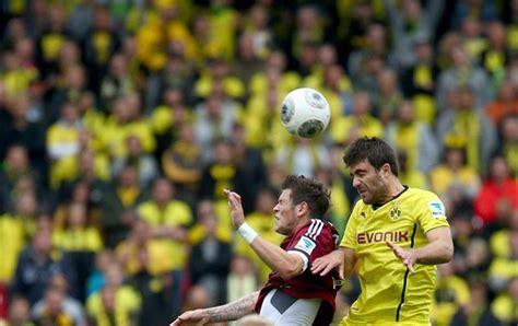 Kaos Logo Bvb 09 Borussia Dortmund Bola Bundesliga Tees Kedaionline borussia empata o nuremberg e perde os primeiros