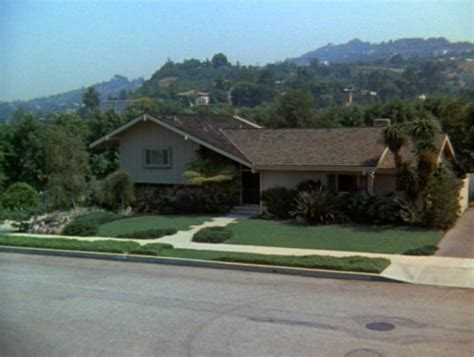 brady bunch house interior brady bunch instillari