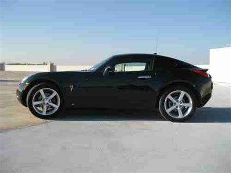 hardtop pontiac solstice find used pontiac solstice 2009 coupe with hardtop in new