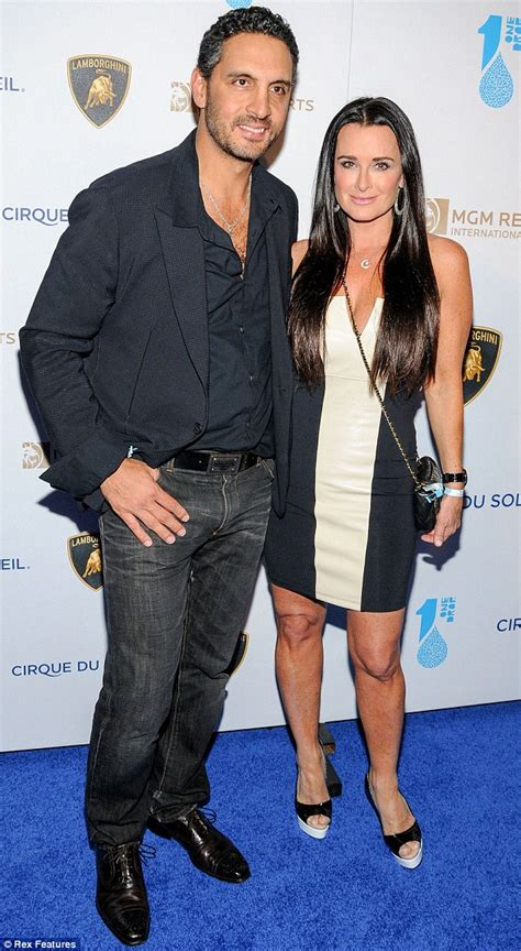 Real housewives star kyle richards hit by claims her husband cheated