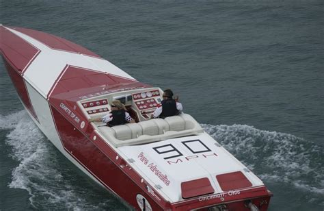 90 mph cigarette offshoreonly - Cigarette Boat Mph