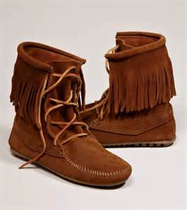 minnetonka trer ankle hi boot from american eagle