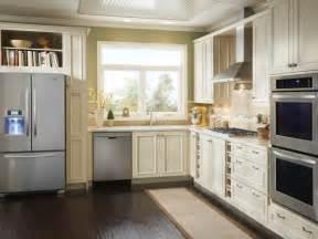 Hgtv Small Kitchen Designs by Small Kitchen Design Smart Layouts Amp Storage Photos Hgtv
