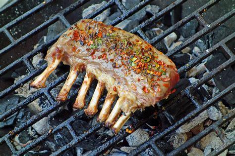 come cucinare il capretto in umido capretto alla griglia il piatto perfetto per una
