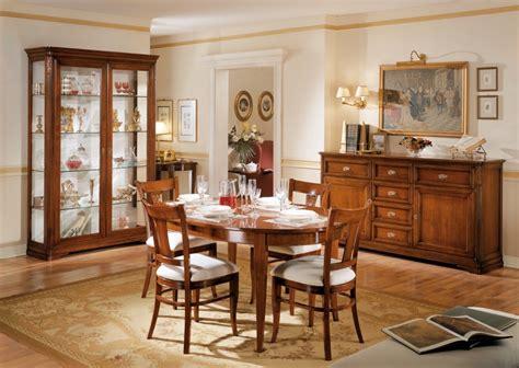 sala da pranzo classica sala da pranzo classica in legno massello colore noce