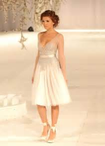 v neck see through short beach wedding dress lace