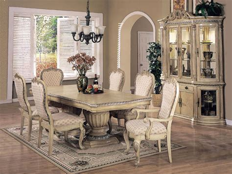 Vintage Dining Room | vintage pearl the inspiration the vintage dining room
