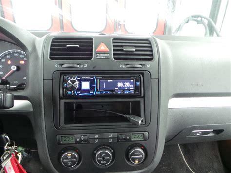 Vw Golf Autoradio by Autoradio Einbau Volkswagen Golf 5 Ars24 Onlineshop