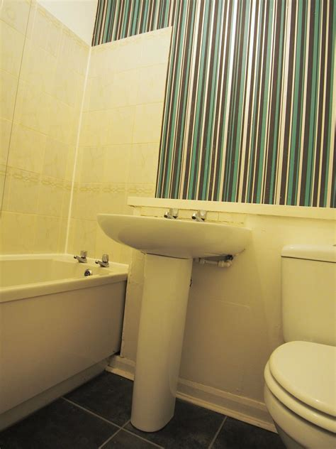 bathroom specialists glasgow 4 forbes drive east end central letting services