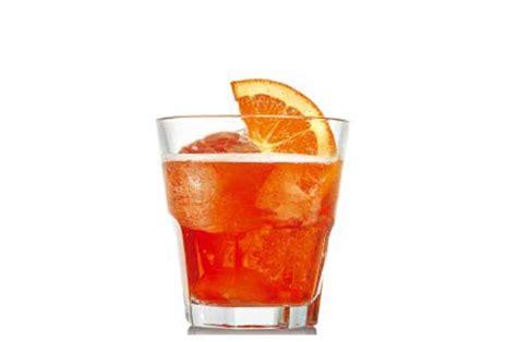bicchieri per spritz aperol spritz l arte dell aperitivo italiano