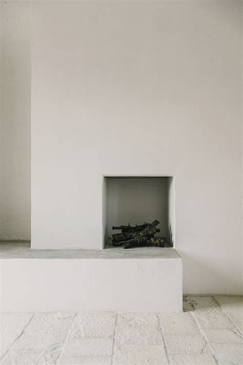 minimalist fireplace interior inspiration minimalist fireplace desmitten