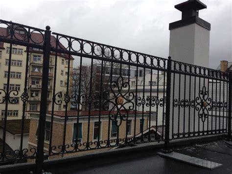 balkongeländer schmiedeeisen franzosische balkone schmiedeeisen wohndesign und