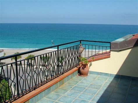 mansarda con terrazzo mansarda con terrazzo vista mare in vendita a capo d