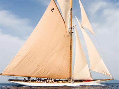 valk yachtbrokers loosdrecht the classic cutter lulworth sold by de valk de valk