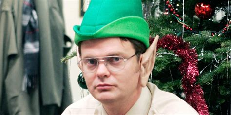 the office holiday episodes season 4 your handy guide to the best episodes on netflix huffpost