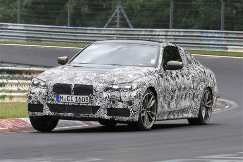 bmw  series spied   nurburgring auto express