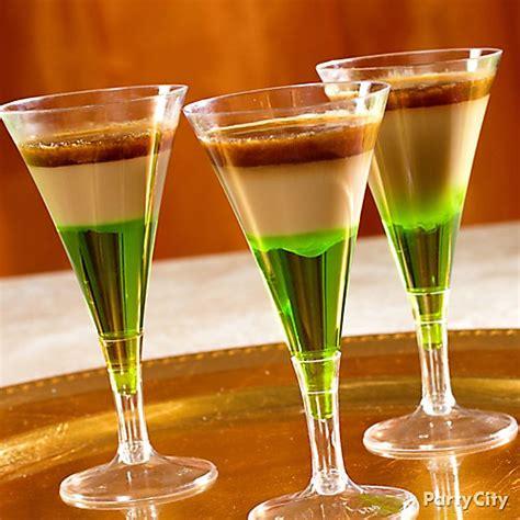 st day drinks leprechaun cocktail recipe st patricks day drink ideas st patricks day ideas