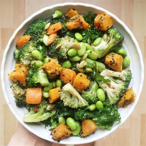 Detox Salad With Tahini Dressing Cabage Romaine by Best 25 Detox Salad Ideas On Detox Recipes
