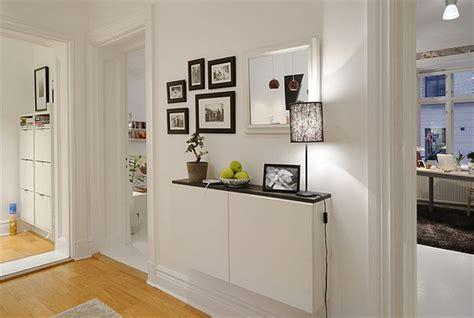 Hiasan Dinding Home Family A 371 Pajangan Rumah Dekorasi Unik Lucu 4 trik memasang hiasan dinding untuk tilan maksimal